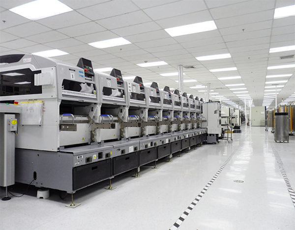 Planning a machine relocation - Why you should use an end-to-end provider