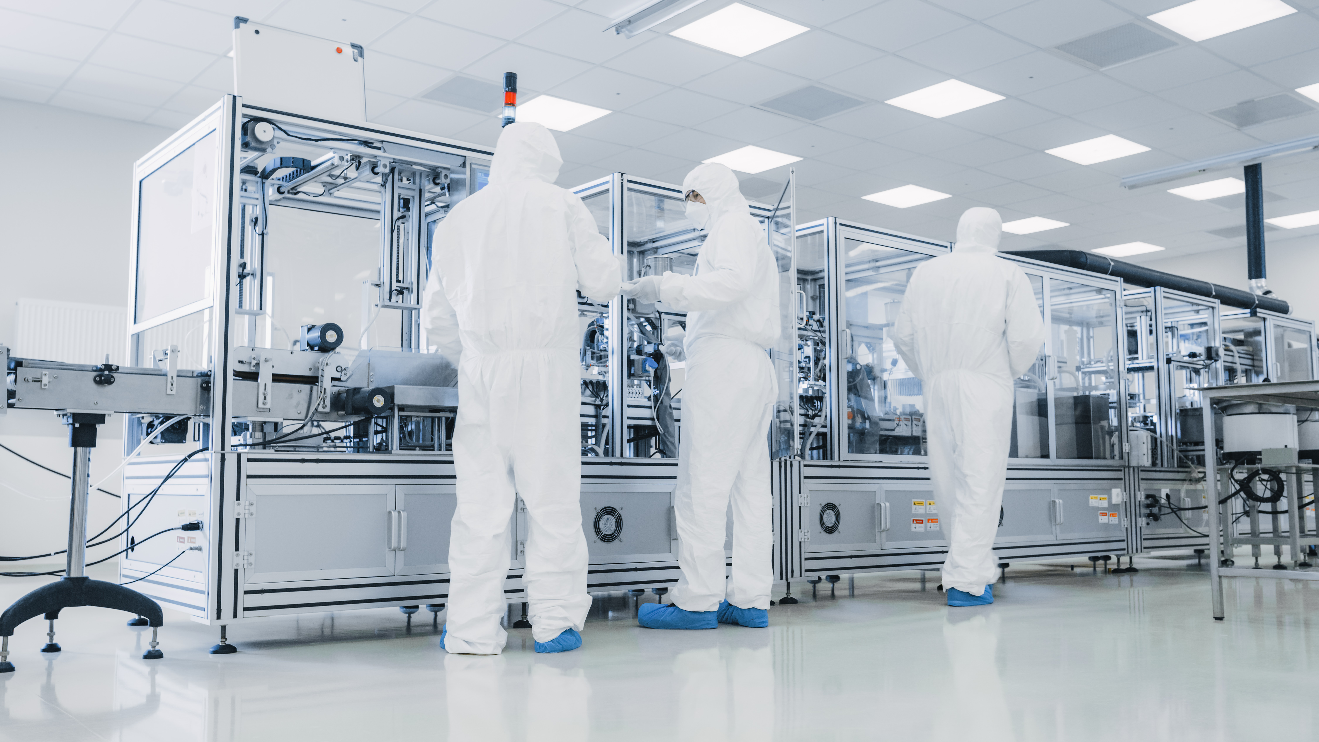 Semiconductor_Production_Line_Cleanroom